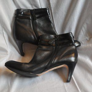 Cole Haan Womens Black Ankle Boot Size 9.5